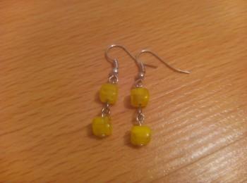 Korálkové naušnice žluté